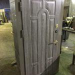 Двойная входная металлическая дверь