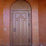 Арочные двери из стали